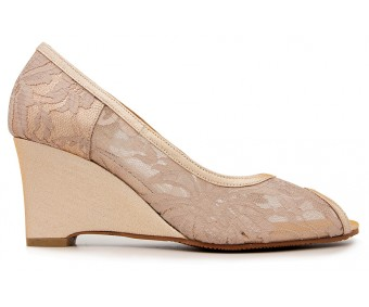 Marcella Beige Lace Dinner Wedges